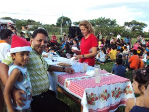 Campaña navideña - Urbanización Nueva Esperanza.