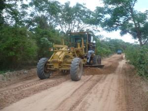 Arreglo de caminos - Urbanización Nueva Esperanza.
